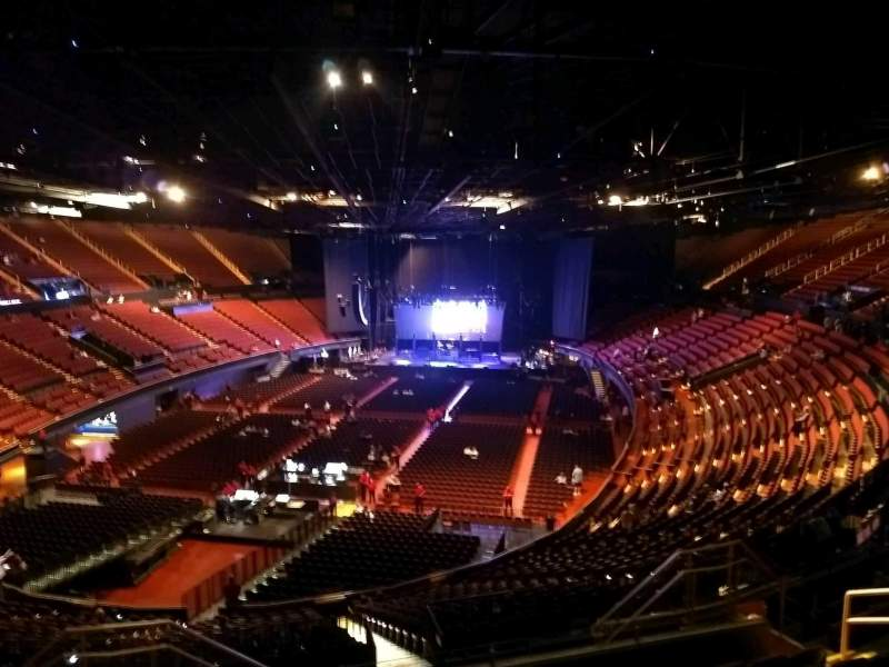 The Forum, section: 202, row: 10, seat: 7