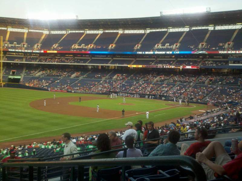 Seating view for Turner Field Section 224 Row 7 Seat 101