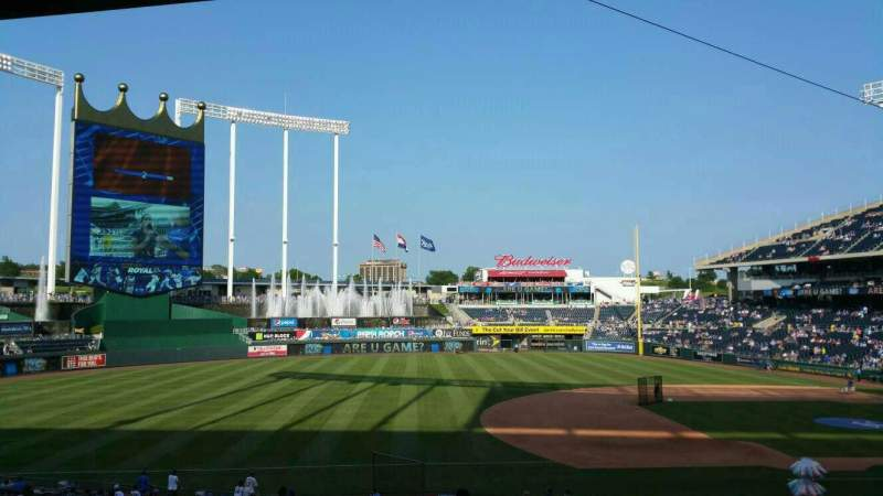 Seating view for Kauffman Stadium Section 217 Row Ll Seat 5