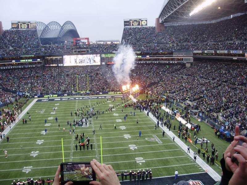 Seating view for CENTURYLINK FIELD Section 147 Row GG Seat 32