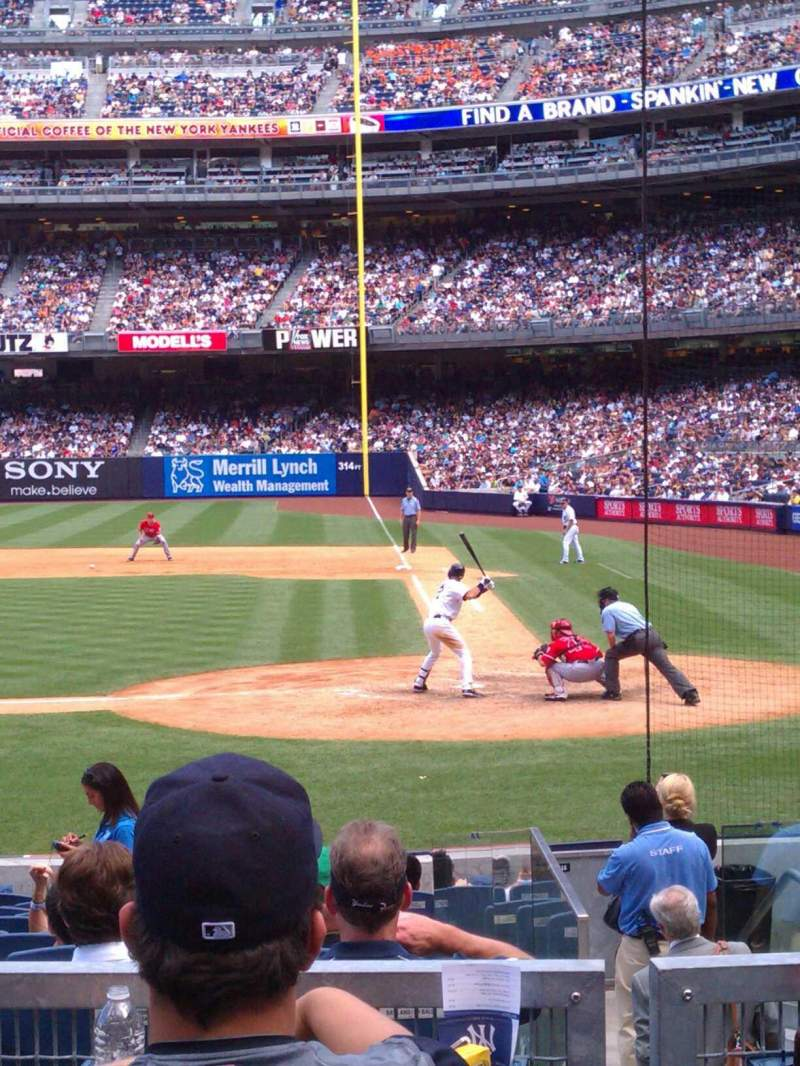 Seating view for Yankee Stadium Section 122 Row 15 Seat 7