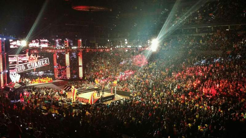 Monday Night Raw Photos