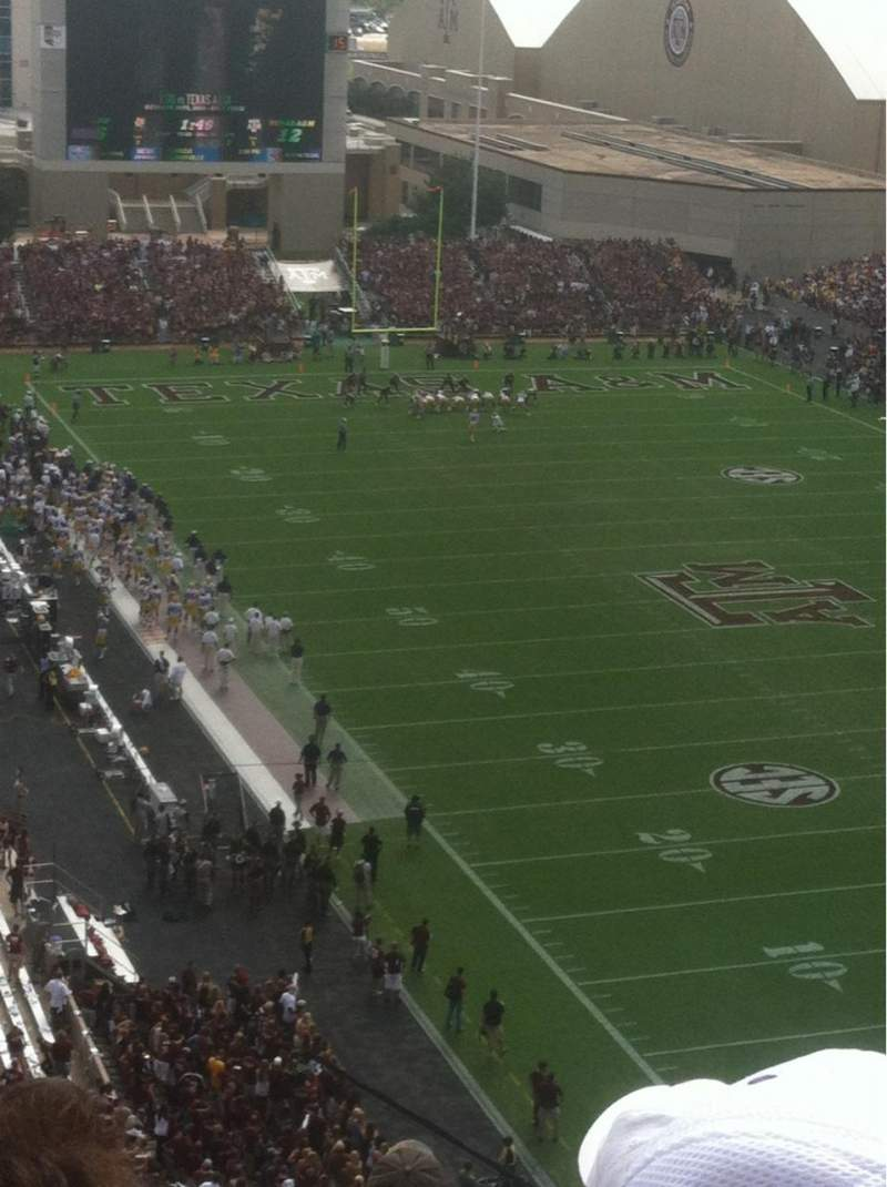 Seating view for Kyle Field Section 424 Row 13 Seat 3