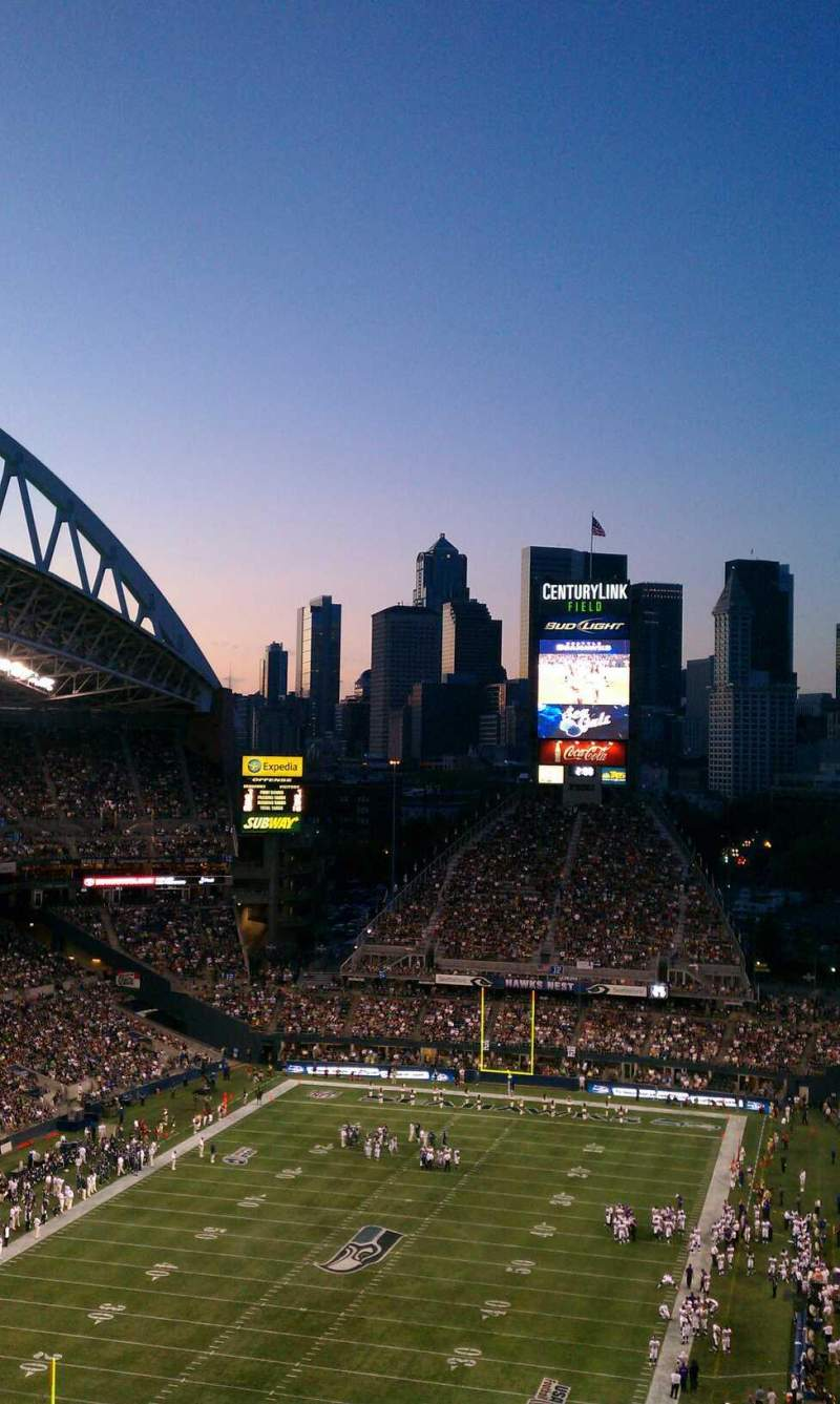 Seating view for CenturyLink Field Section 319 Row y Seat 24