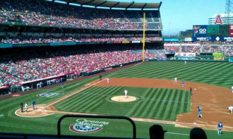 Seating view for Angel Stadium Section C335 Row d Seat 1
