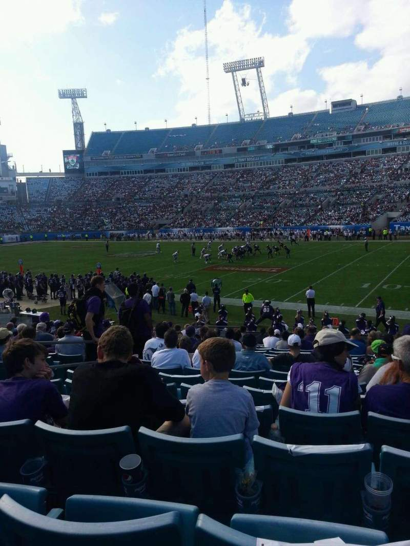 Seating view for EverBank Field Section 132 Row S Seat 12