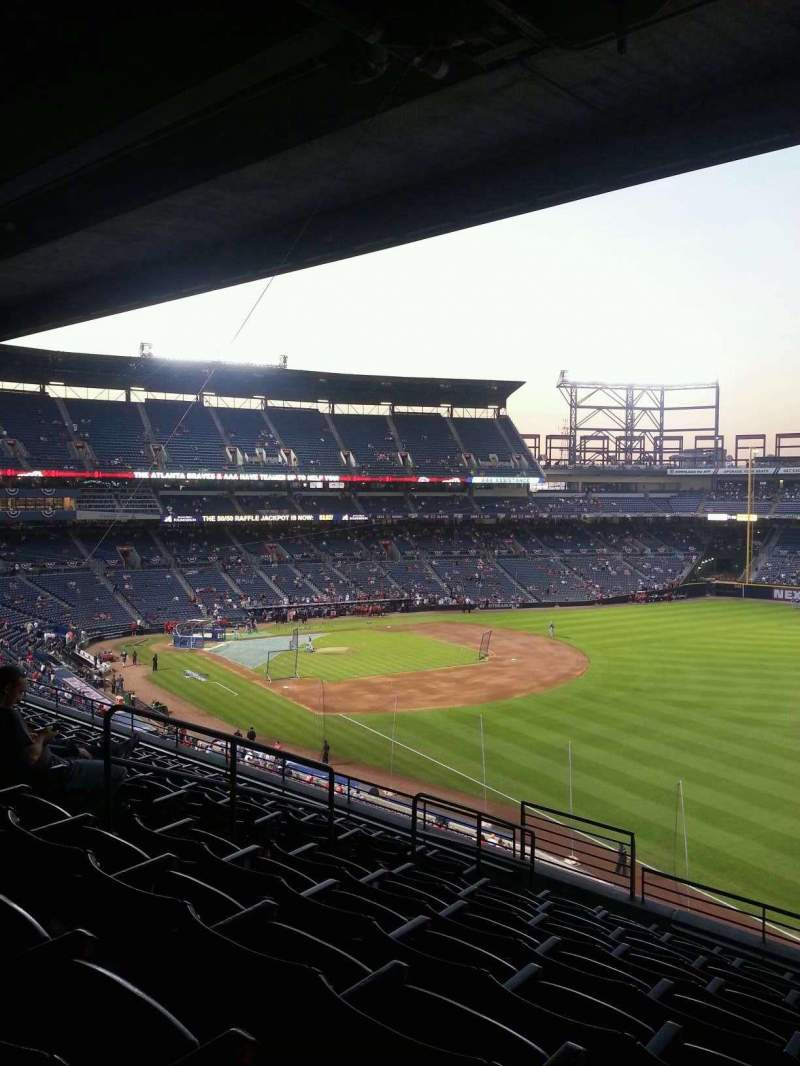 Seating view for Turner Field Section 323R Row 9 Seat 8