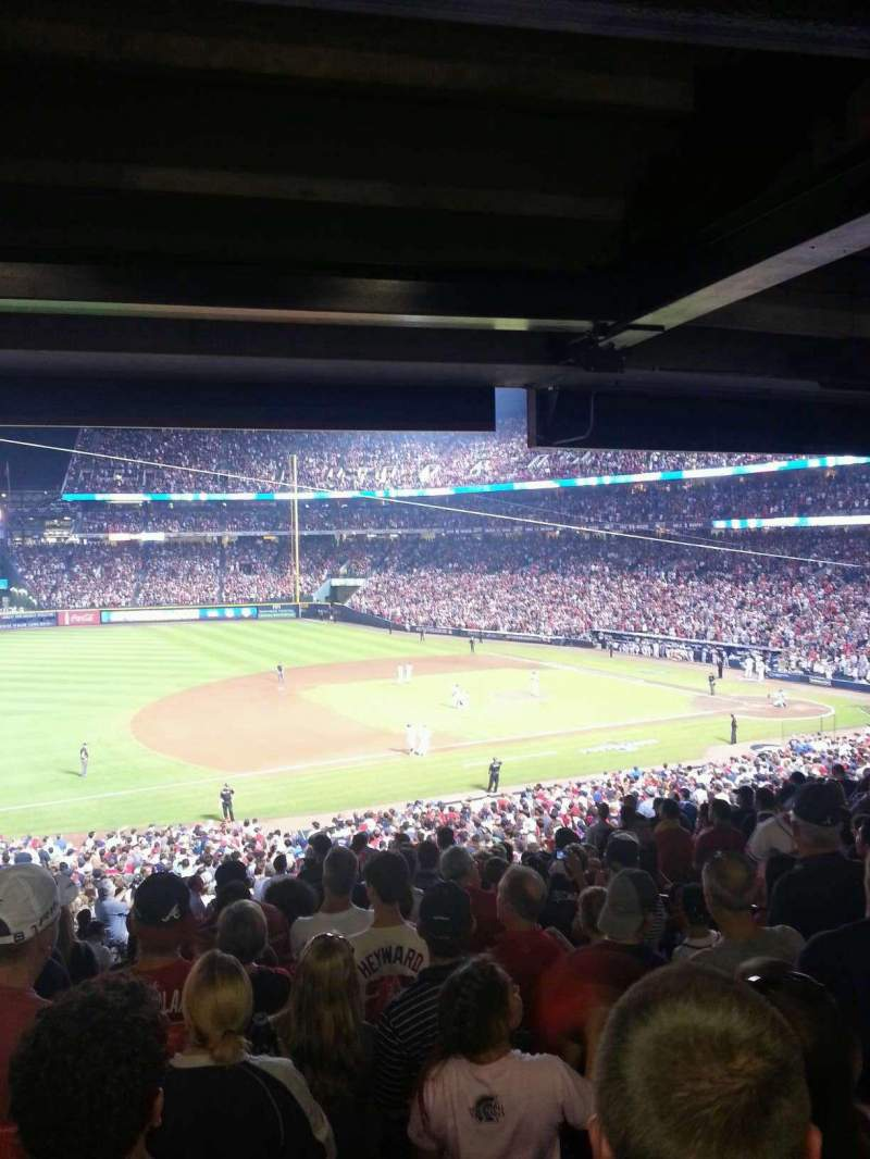 Seating view for Turner Field Section 218L Row 16 Seat 8