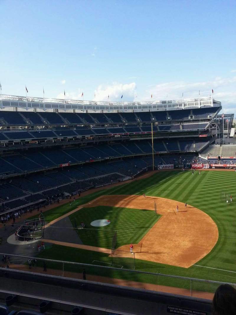 Seating view for Yankee Stadium Section 315 Row 6 Seat 2