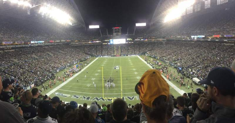 Seating view for CenturyLink Field Section 147 Row BB Seat 28