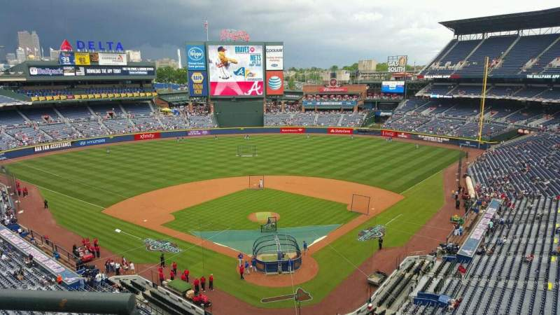 Seating view for Turner Field Section 402 Row 1 Seat 1