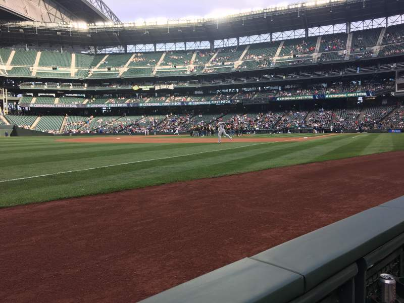 Seating view for T-Mobile Park Section 146 Row 1 Seat 14