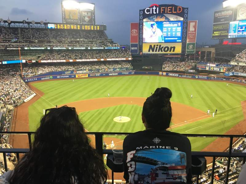 Citi Field, section: 413, row: 2, seat: 6