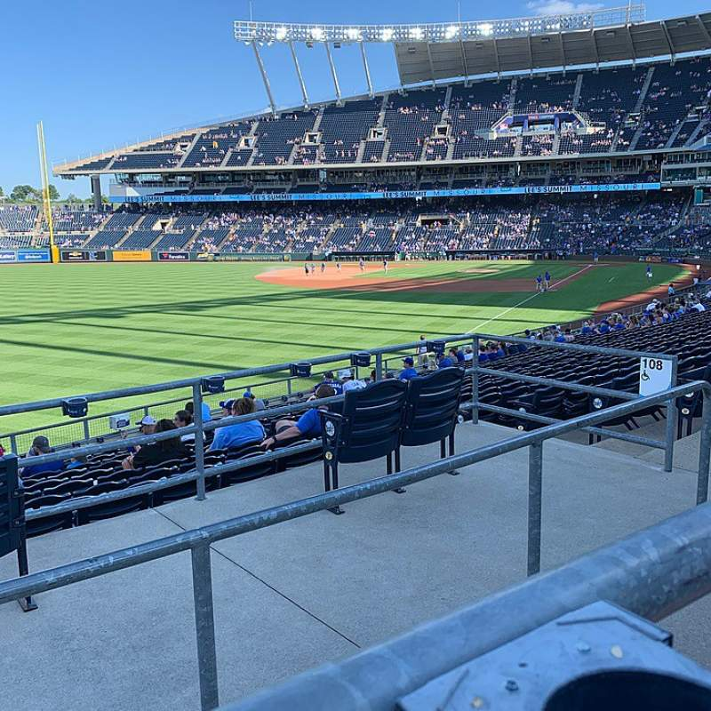 Seating view for Kauffman Stadium Section 208 Row AA Seat 10