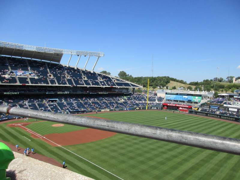 Seating view for Kauffman Stadium Section 437 Row A Seat 18