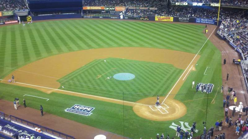 Seating view for Yankee Stadium Section 321 Row 1 Seat 11