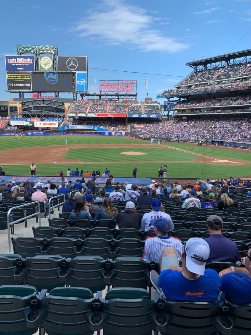 Seating view for Citi Field Section 121 Row 22 Seat 16
