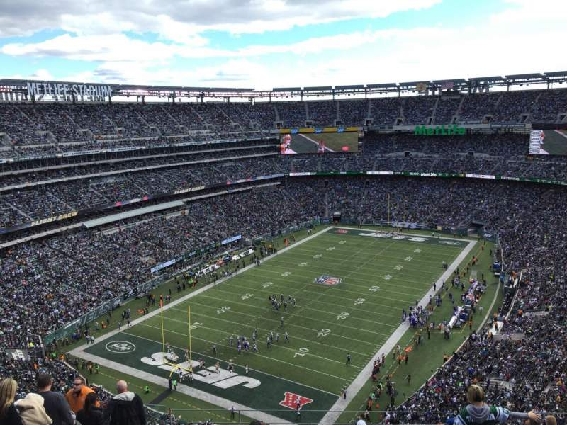 Seating view for Metlife Stadium Section 417 Row 17 Seat 18
