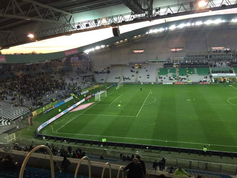 Seating view for Stade de la Beaujoire Section Oceane Haut Row Q Seat 168