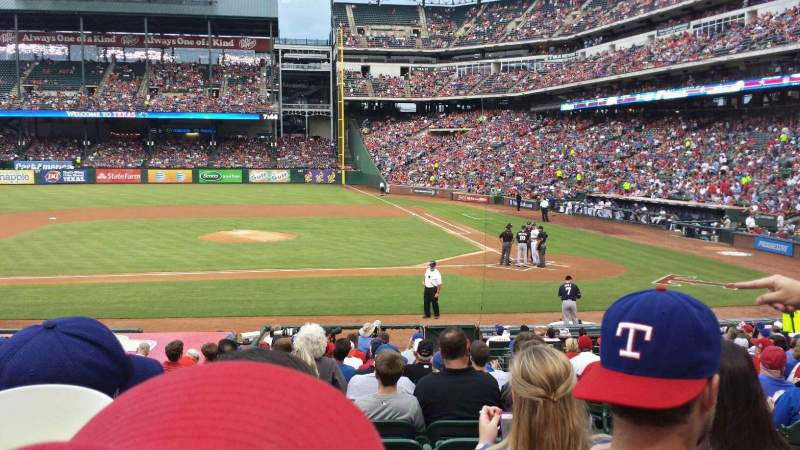 Seating view for Globe Life Park in Arlington Section 20 Row 18 Seat 16
