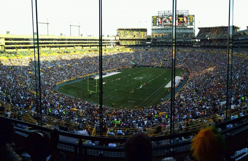 Seating view for Lambeau Field Section 476 Row 3 Seat 12