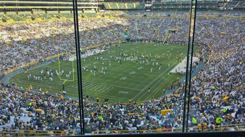 Seating view for Lambeau Field Section 476 Row 3 Seat 13