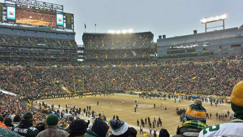 Lambeau Field, section: 109, row: 44, seat: 17