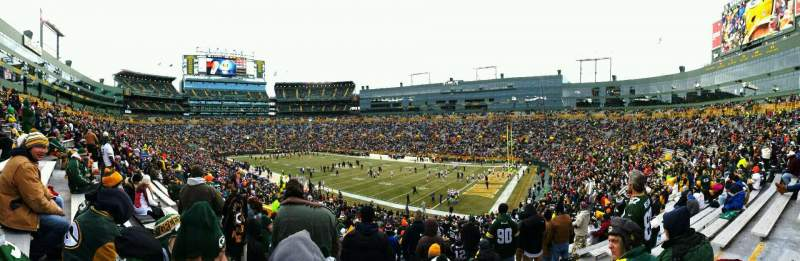 Seating view for Lambeau Field Section 109 Row 44 Seat 17