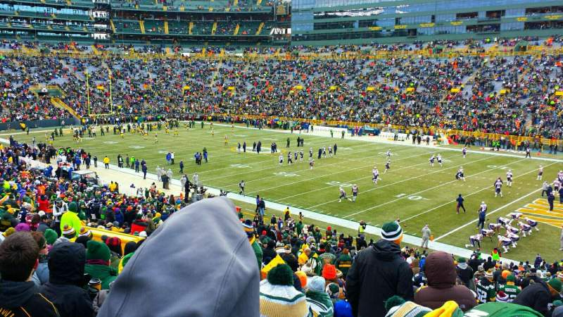 Seating view for Lambeau Field Section 109 Row 44 Seat 18
